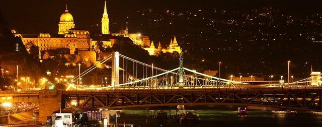 rsz_budapest-831091_1280