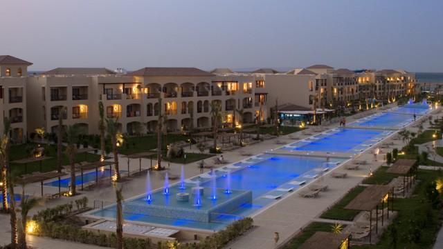 pool-1444090808-GR12-medium