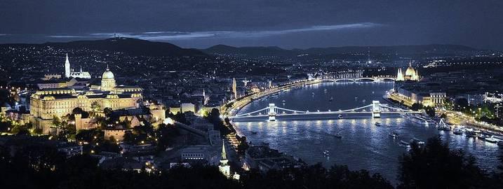 rsz_1rsz_budapest-420988_1280