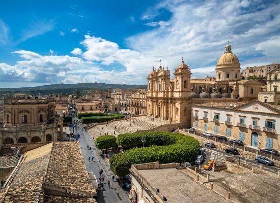 Fly til Sicilien